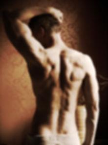 Defined pecs, sculpted body, strong upper body, Daniel Schou, Meline Höijer Schou