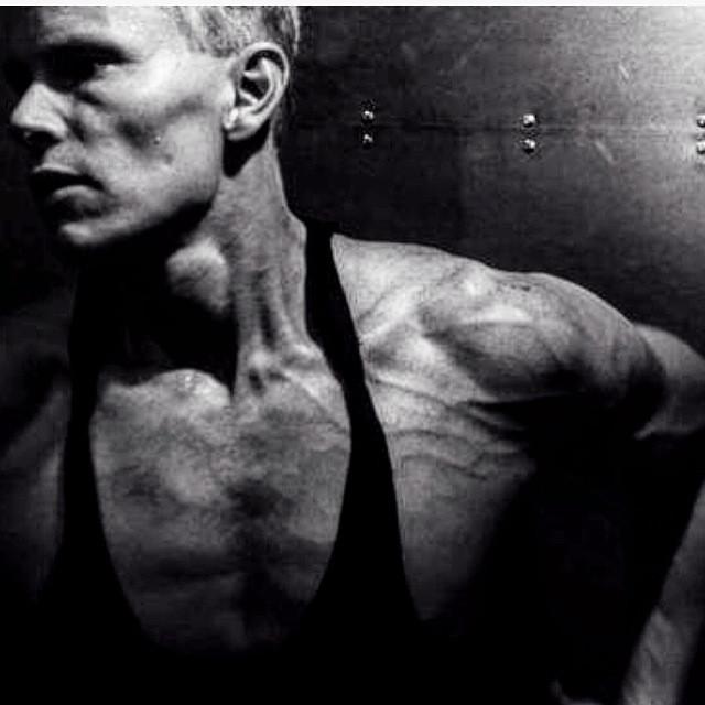 Daniel Schou, old-school bodybuilding split