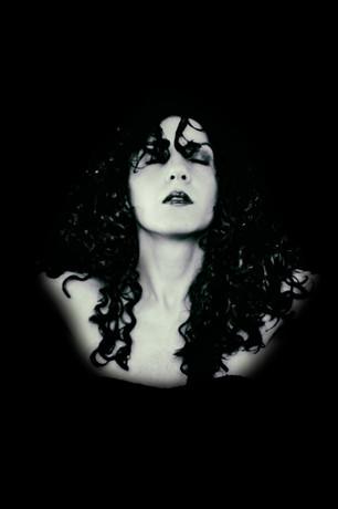 Julieth Sanguinetti . Autorretrato