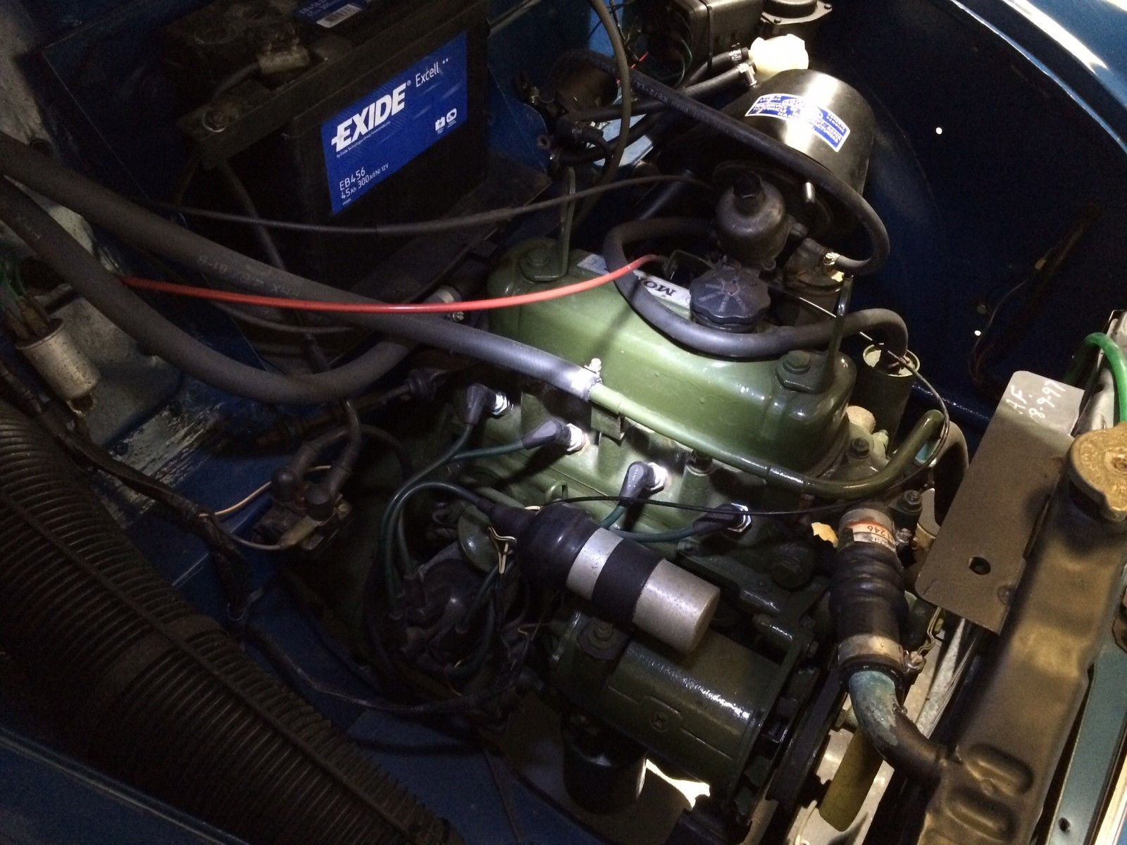Morris Minor Panel Van Engine