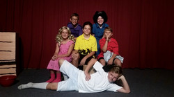 S2 - Charlie Brown - Cast Photo 2