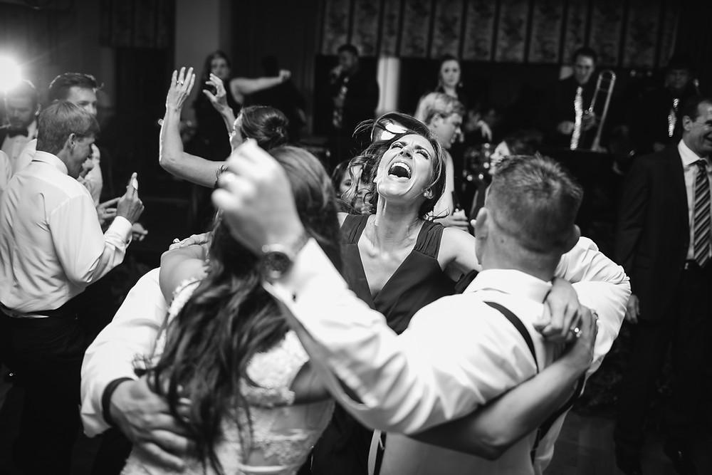 San Diego Live Wedding Band, san diego wedding band, san diego wedding entertainment, san diego dance band, san diego cover band