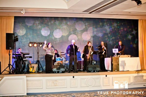 San Diego Live Wedding Band