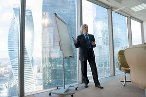 Our MMC team offers corporate strategy