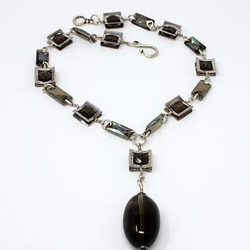 Necklace 09