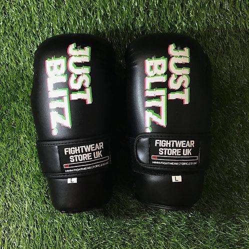 Just Blitz Points Gloves - Black