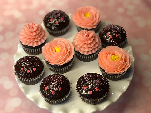 Valentine's Day Cupcakes      12-pack