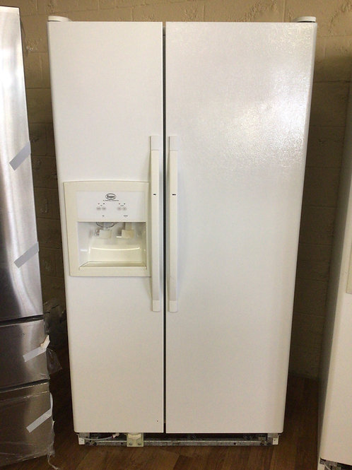 Roper Refrigerator