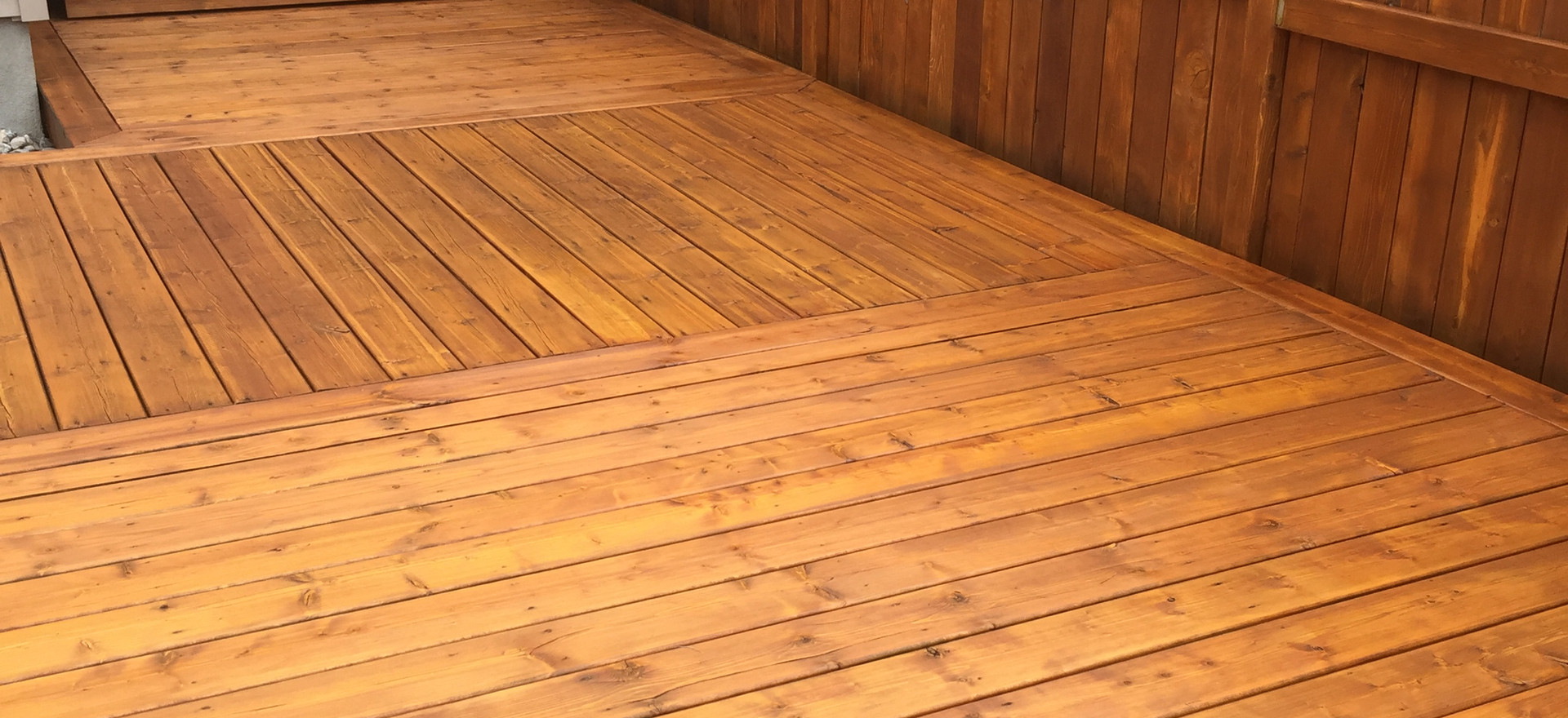Natural Deck and Fence - Autumn Gold