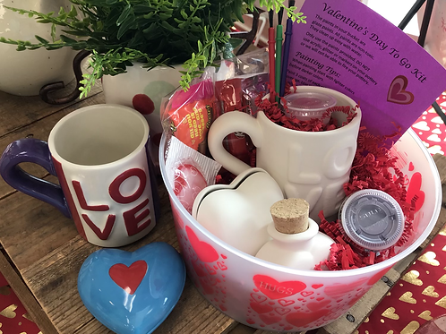Valentine's Day To Go Kit (All glaze paints & paint supplies included)