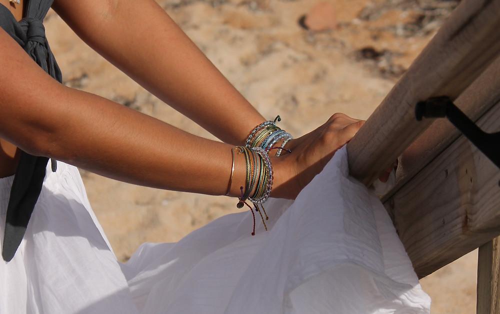 4ocean, pura vida, ocean, plastic free, bracelets, conservation, 4ocean monthly club, pura vida bracelets