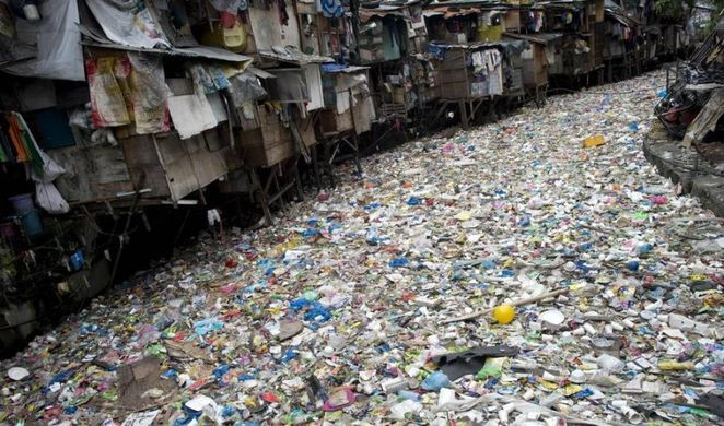 fast fashion, eco-friendly, pollution, sustainable, h&m, forever 21, patagonia, adidas, fashion supply chain, citarum river, indonesia