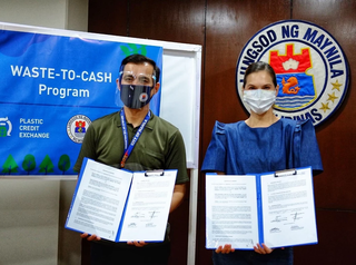 Plastic Credit Exchange Launches 'Aling Tindera' Waste-to-Cash Program with the City of Manila