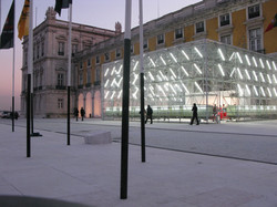 Moda Lisboa Check Point