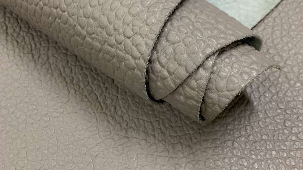 Cartier Pebble Leather  | Grey