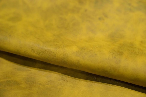 Horween Leather | Round Up Horse Fronts | Yellow