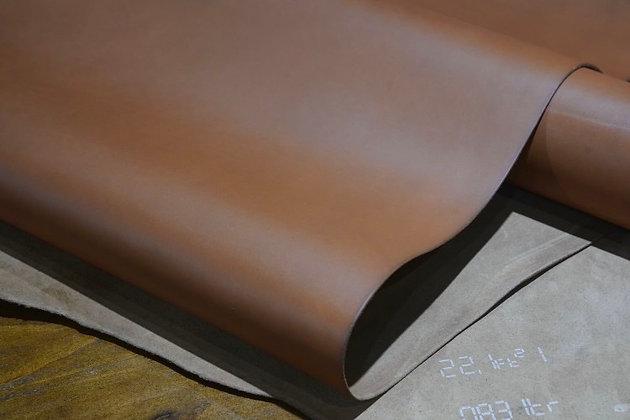 Horween Leather   Aniline Latigo   Peanut Butter