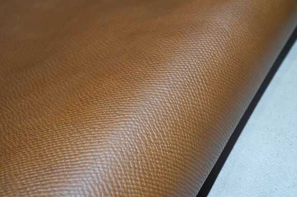 Horween Leather | Russian Hatch Grain | Carrington Tan