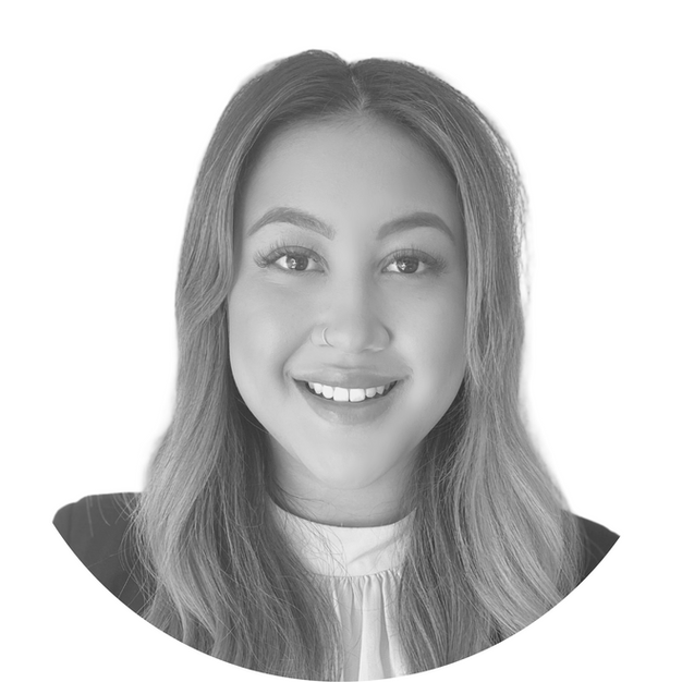 Brianna Craggs - Legal Assistant