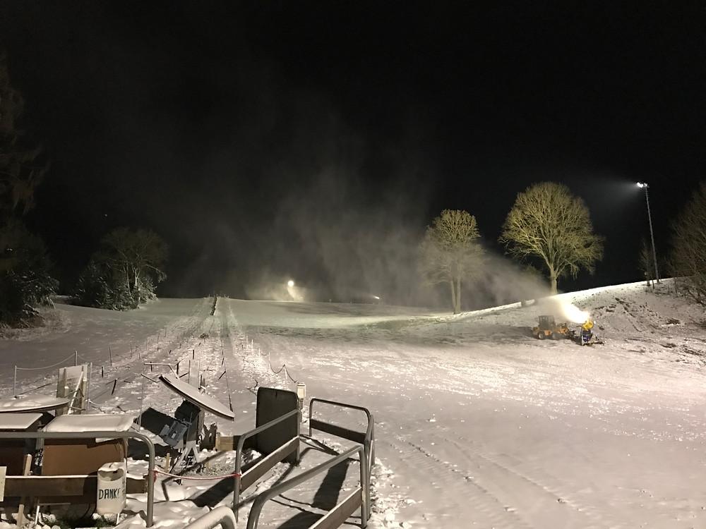 Schneekanonen am Monte Kienader