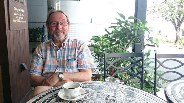 スカイプ英会話 モエ・リチャード名誉教授 英会話と英語発音 英会話指導歴45年以上 スカイプオンライン英会話1分20円 駒澤大学名誉教授