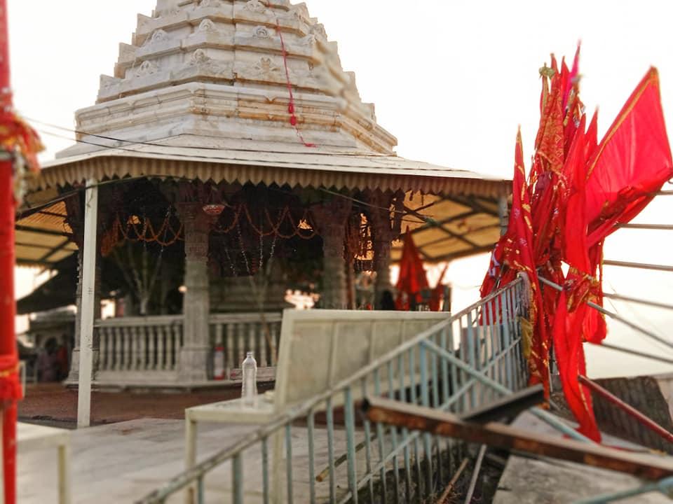 Aravalli Range Gabbar в г. Амбаджи
