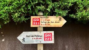 Gabriela und Fabian: Ankunft am Startpunkt des Wanderwegs