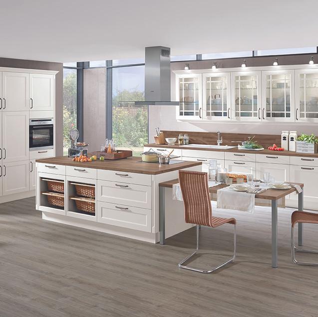 Chalet Cottage Kitchen 72dpi.jpg