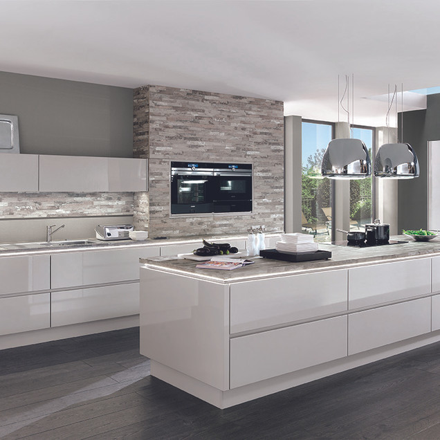 Lux Modern Kitchen (2) 72dpi.jpg