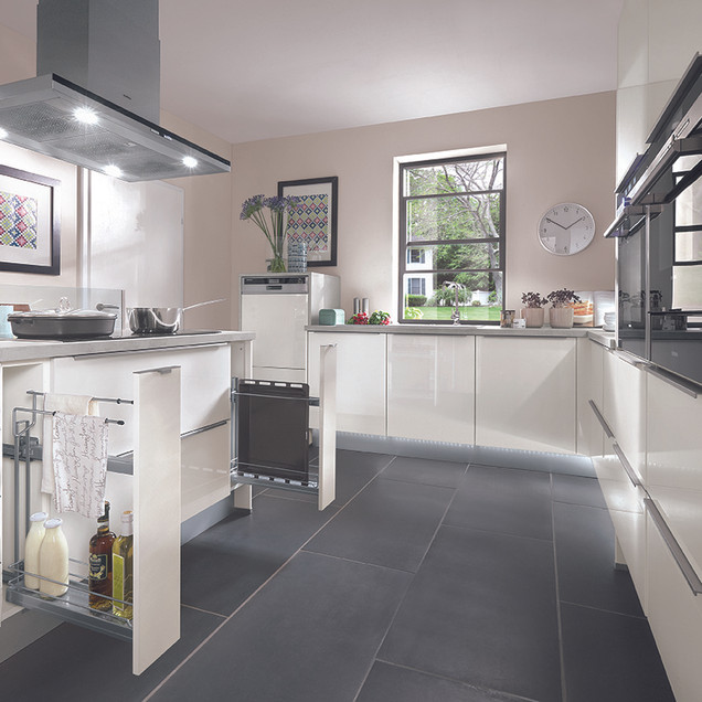 Lux Modern Kitchen 72dpi.jpg