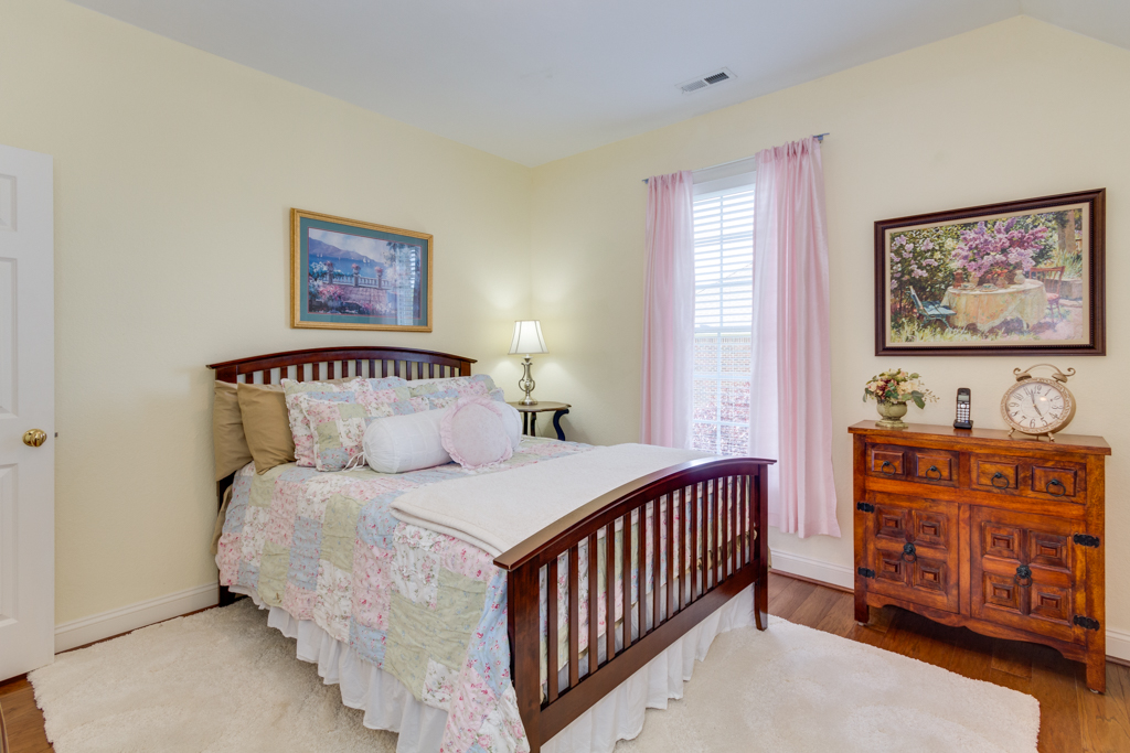 mls_816 Rockglen Cir_Chesapeake-37