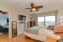 MLS_Pacific Ave-21