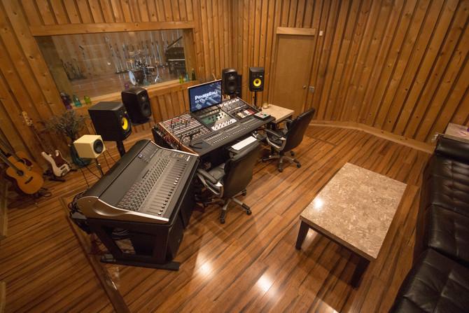 PonderRosa Studios Reboots with SSL XL Desk