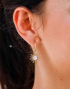 Boucles d'oreilles blanches
