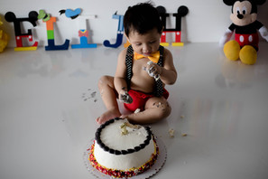 2021-03-26. Smash Cake, Elijah (32).jpg
