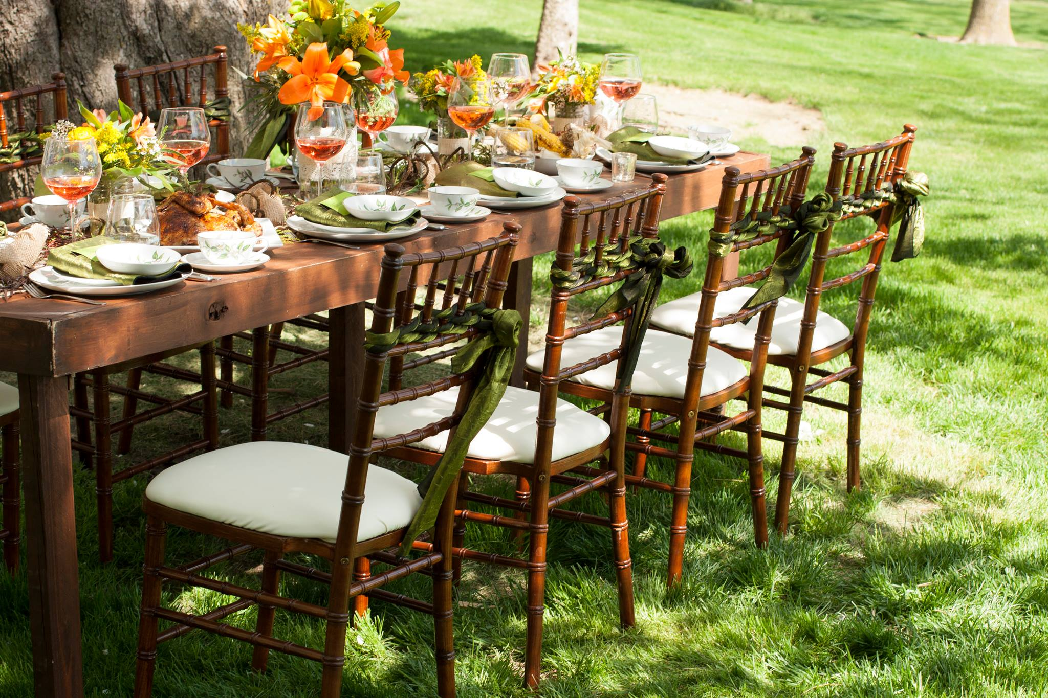 Farm Table and Chiavari Chairs