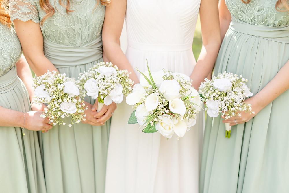bride and bridesmaid's wedding flower bouquets