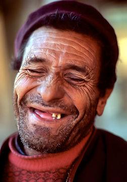 Yugo laughing man LIfx.jpg