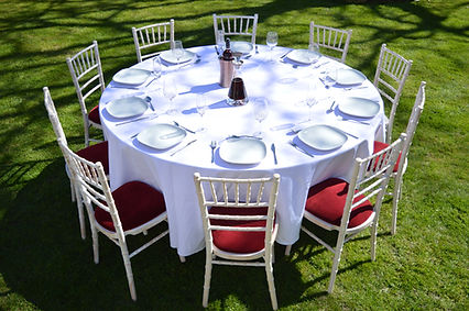 6ft Round Table to hire