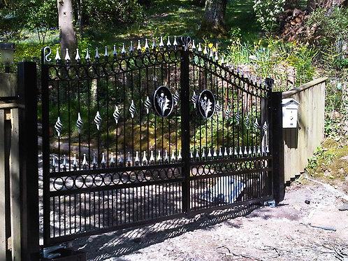 Wrought Iron gates 029