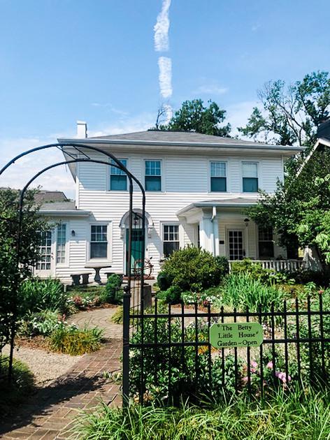 The Elopement Co. | Betty Little House