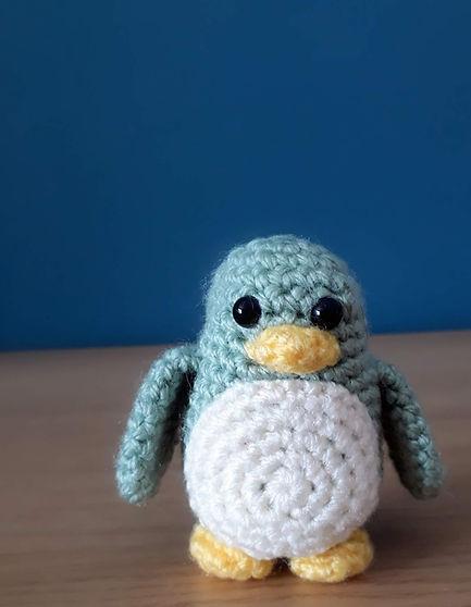 crochet penguin 'free pattern' amigurumi pattern free diy handmade toy little cute ravelry pinterest fat cat crochet