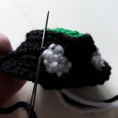 Body - stitching black.jpg