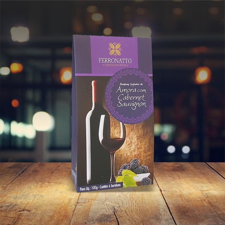 Caixa Amora com Cabernet.jpg