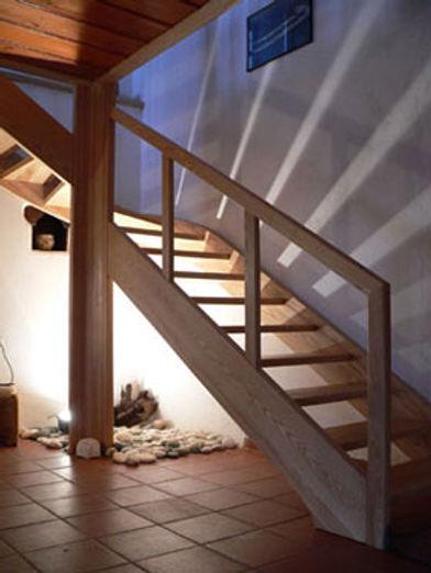 woodstairs1-a[1].jpg
