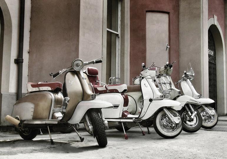 Vintage Lambrettas at Matlock Bath