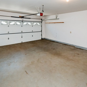 027_2-Car Heated Garage.jpg