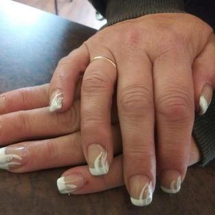 Nails%209_edited.jpg