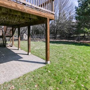 029_Patio & Backyard.jpg