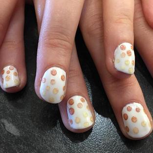 3D Dot Nail Art.jpg